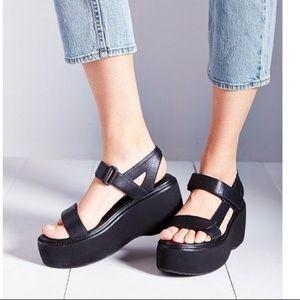 Vagabond Alexis Leather Chunky Platform Sandals